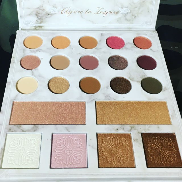 Review: Carli Bybel Deluxe EditionPalette